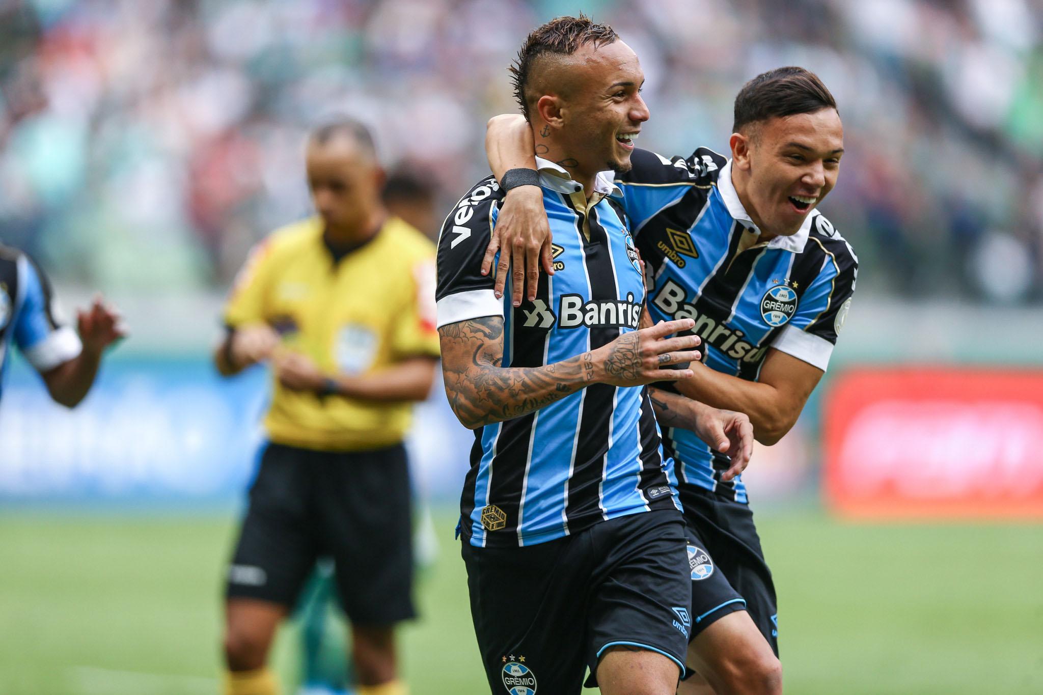 Palmeiras perde para o Grêmio e vê Flamengo conquistar ...